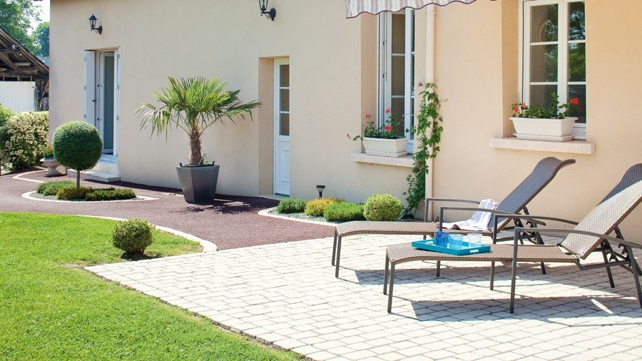 COUTURE PAVING® for driveways, paths and patios in England